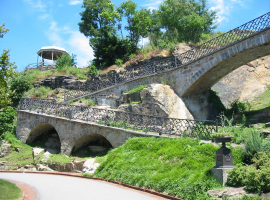 Fairmount Water Works South Garden, Cliffside Paths and Pavilions